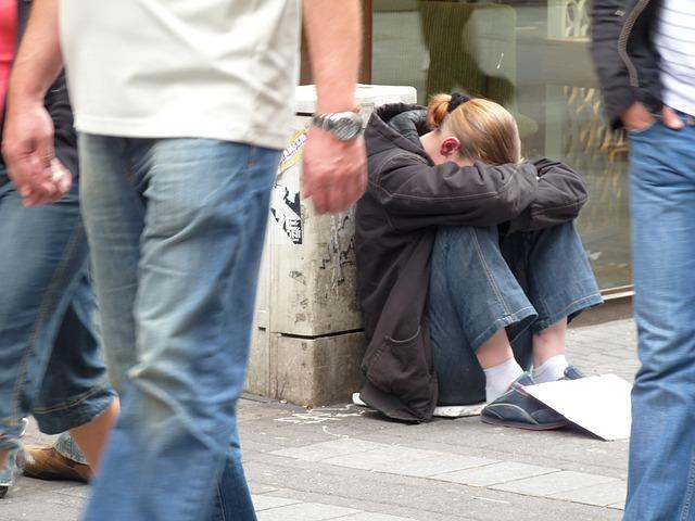 mladá bezdomovkyně.jpg